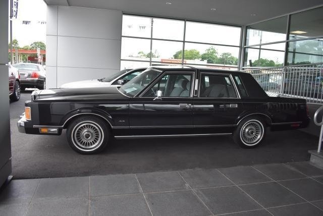 1989 Lincoln Town Car Classics For Sale Classics On Autotrader