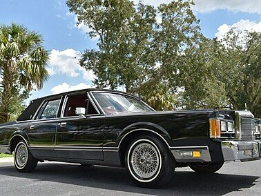 1989 Lincoln Town Car Signature for sale 101372219