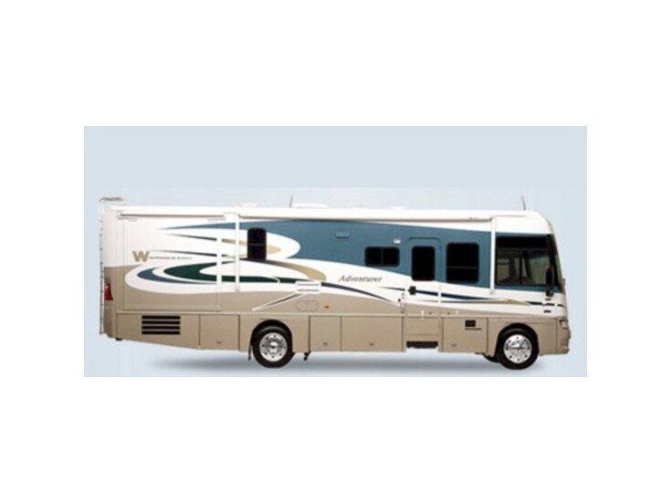 2008 Winnebago Adventurer 33V specifications