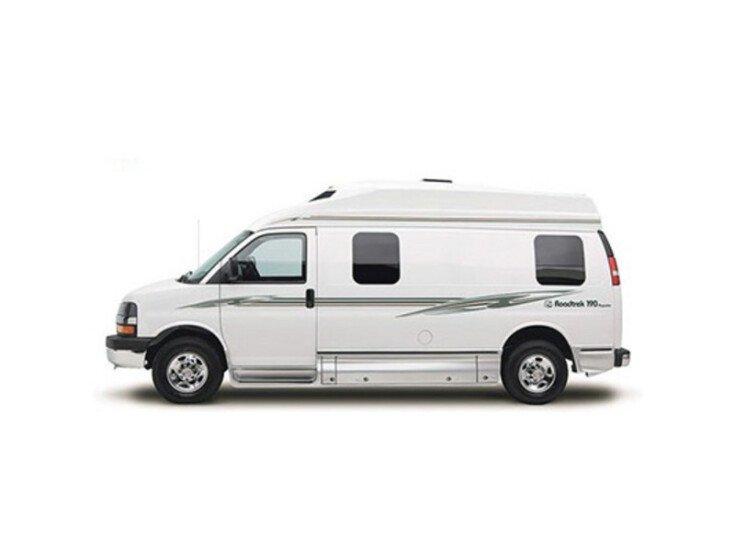 2013 Roadtrek Ranger RT specifications