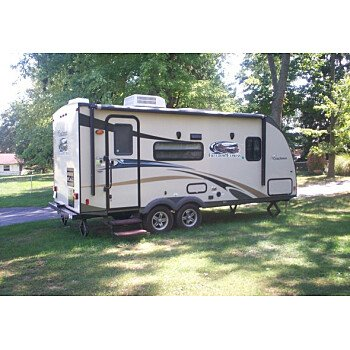 2014 Coachmen Freedom Express for sale 300164580