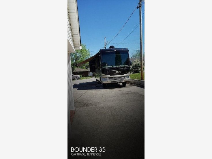 2014 Fleetwood Bounder for sale 300312579