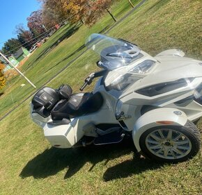 2015 Can-Am Spyder RT for sale 201022670