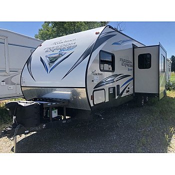 2015 Coachmen Freedom Express for sale 300201538