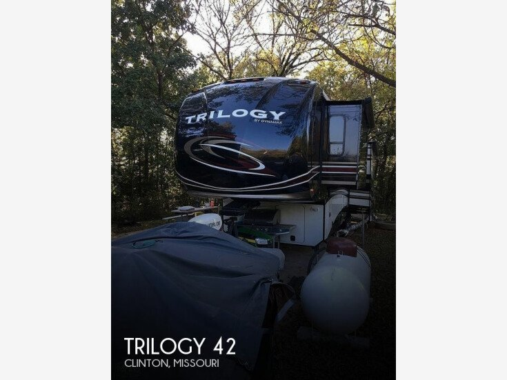 2015 Dynamax Trilogy for sale 300301428