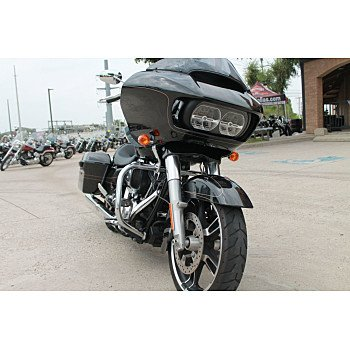 2016 Harley-Davidson Touring for sale 200608957