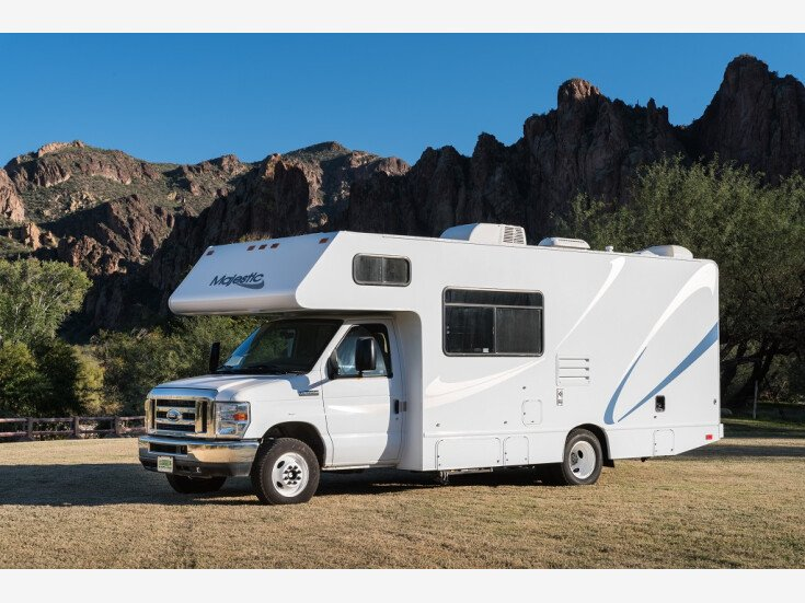 2017 Thor Majestic M-23A for sale 300177505