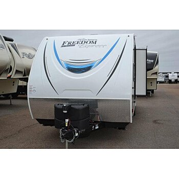 2018 Coachmen Freedom Express for sale 300172948