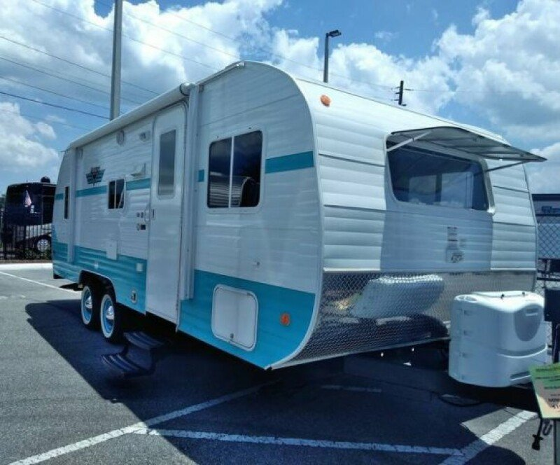 Riverside Retro RVs for Sale - RVs on Autotrader