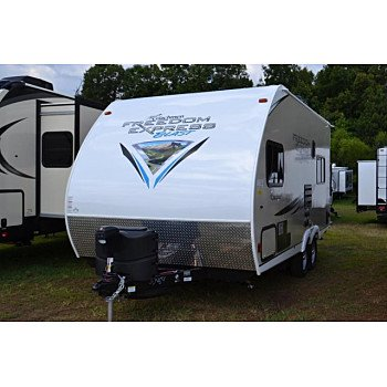 2019 Coachmen Freedom Express for sale 300173007