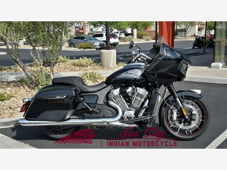 2020 Indian Challenger Premium w/ABS for sale 200939815