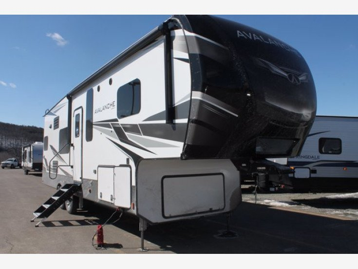 2021 Keystone Avalanche for sale 300288669