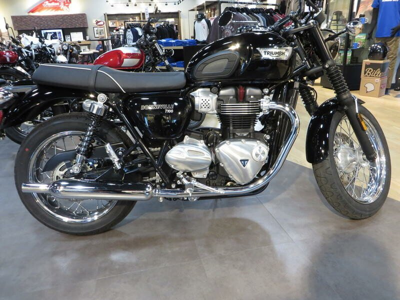 Triumph Bonneville 900 Motorcycles For Sale Motorcycles On Autotrader