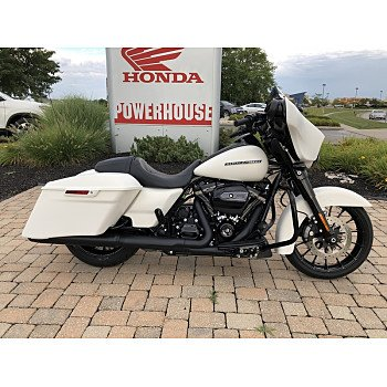 2018 Harley-Davidson Touring for sale 200612581