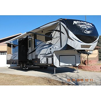 2015 Keystone Avalanche for sale 300164592